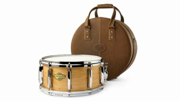 """Pearl Limited Edition """"One Piece Maple"""" Snare 14x6.5"""
